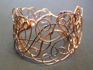 YOJ09-29 Freeform Bangle (2009)