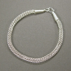 YOJ09-22 Viking Knit Bracelet (2009)