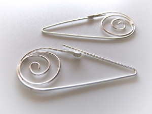YOJ11-08 Teardrop Spiral Earrings
